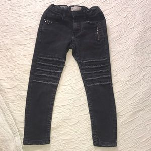 Zara boys supper skinny jeans size 6